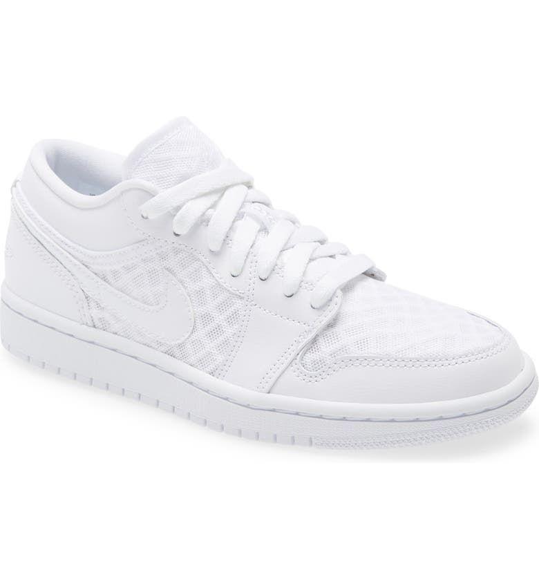 trendy sneaker brands 295033 1630361832854